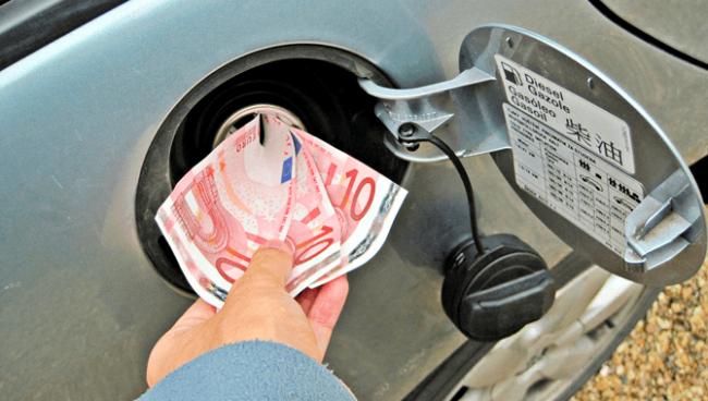 Как экономить топливо на автомате