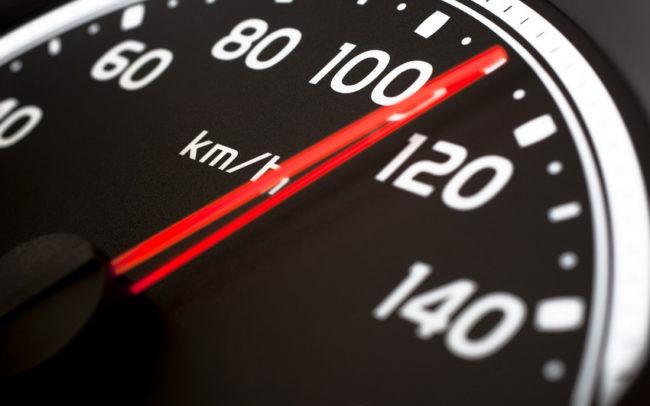 Перегрузка, ускорение и превышение скорости