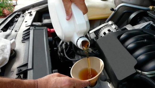 Причины большого расхода масла в автомобиле